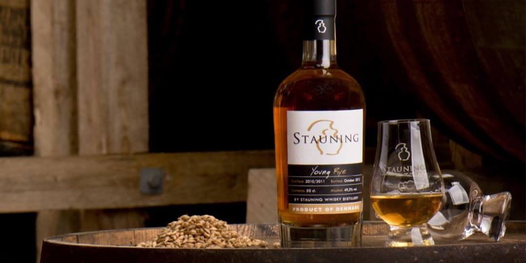 Stauning Whisky bottle and glass