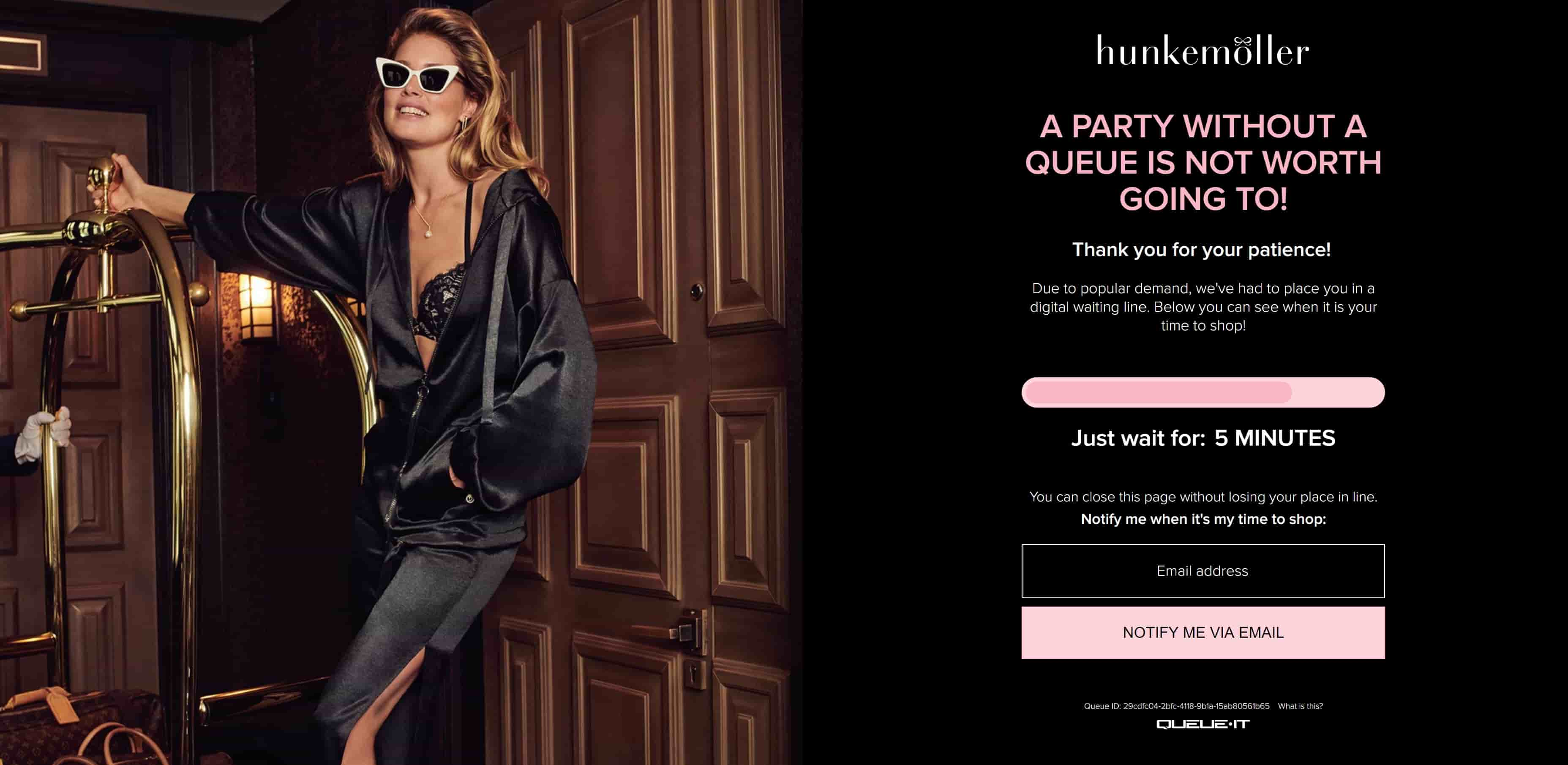 Queue page for Hunkemoller shows the bandwagon effect