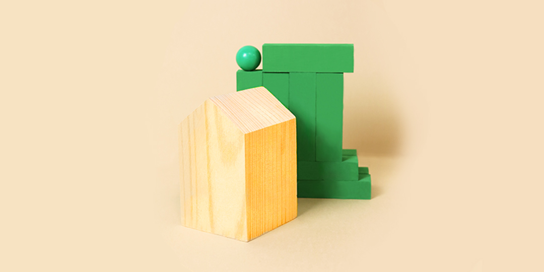 house and green blocks